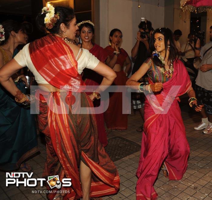 Genelia D Souza Wedding Gown - Weddings Gallery